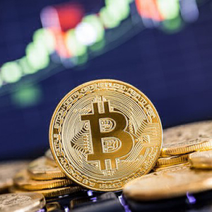 Is Bitcoin's Price Recovery Ahead of the Halving a Reason to Accumulate?