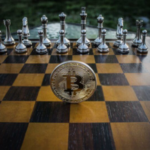 Abra's CEO Calls Cash 'Worthless,' Holds 50% of Portfolio in Bitcoin