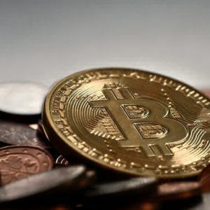 Bitcoin's Being Used as 'Currency Hedge' in Pure Speculation, Says CNBC's Brian Kelly