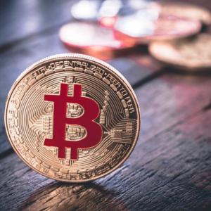 U.S. Patriotism Could Help Bitcoin Surpass $100,000, Says Bloomberg Analyst