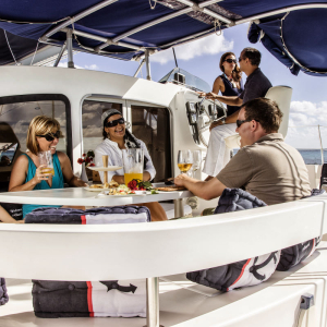 Cancun's Luxurious Catamaran Charter Accepting Bitcoin to Binance Cryptocoins
