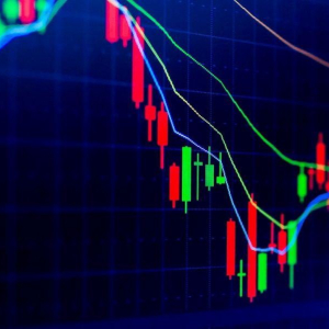Crypto Market Sentiment Sinks Further; Tether is the Winner of the Week