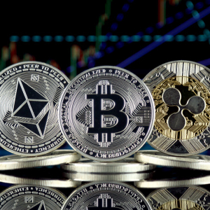 Bitcoin (BTC) Price Rally seems to have a Conjunction with the Price Hike of Ethereum and XRP