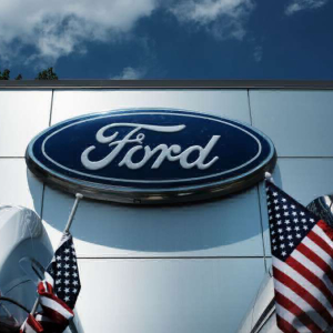 10% White Collar Jobs to be Cut by Ford Motors in a Major Revamp