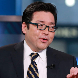 Fundstrat's Tom Lee Suspects Ban Of Bitcoin By the US Government After E-Cigarettes Suspension