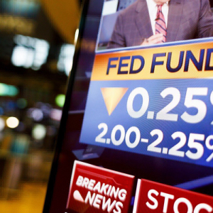 Looming Economic Slowdown Likely to Force FED to Cut Interest Rates