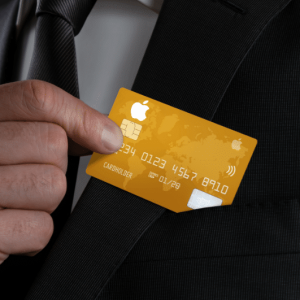 Apple Credit Card is Not To Be Kept in Leather Wallet or Nearby Denim, Warns Apple
