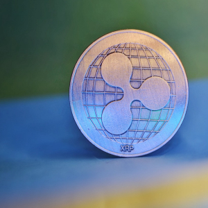 Ripple price rise 6% but under bear pressure