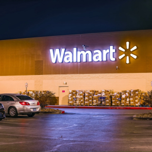 Walmart shoppers to earn crypto back as retailing giant enables digital asset