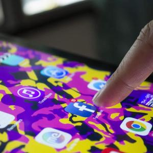 Decentralized social media platform Society2 offers more privacy