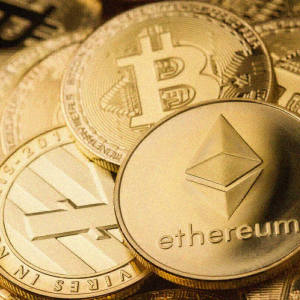Ethereum price consolidating after volatility, analyst