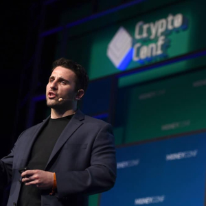 Warren Buffett not the best judge of technology, Pompliano