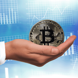 Bitcoin price retraces towards $9350: $10000 next?