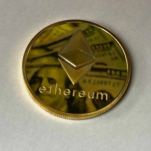 Ethereum price trading at a one-year high, back to $500?