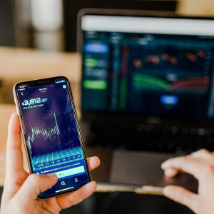 What Is The Best Mobile Crypto Trading App?