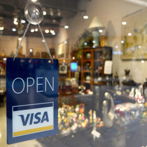 Doubts linger over Binance Card Visa payments support