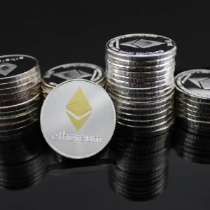 Ethereum price recovers, bull triggers lie above $420