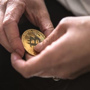 Bitcoin bullish momentum finds support breaking through $11,000 resistance