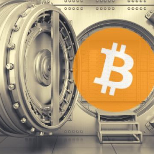 65% Are HODLing BTC While Only 3.9% Are Selling, Survey Says