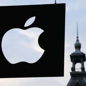 Apple gained the same value on Friday as Bitcoin's entire market cap