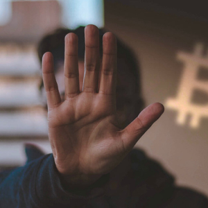 These five trends could put a stop to Bitcoin's 100% rally from $3,700 bottom
