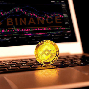 "Binance to Move 9001 Bitcoins (BTC) Soon for a ""Good Thing"" Says CZ"