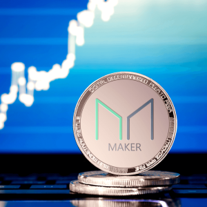 Maker (MKR) Owners Urged to Move Coins from Faulty Smart Contract
