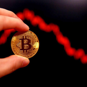 Bitcoin (BTC) Abandons Stability with Rapid Crash