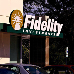 Fidelity Survey Shows Institutional Investors Warming Up to Crypto Assets
