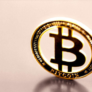 After US-Iran Tensions Bitcoin Price Benefits from BSV Surge