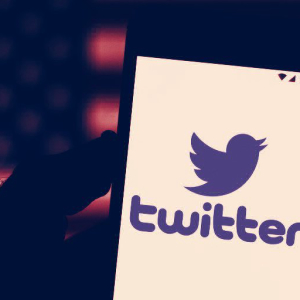 "Twitter replaces ""non-inclusive"" coding terms with newly approved speech"