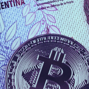 """Bitcoin transactions soar ahead of Argentina's """"worst crisis"""" ever"""