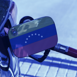 Venezuela ends 'free' gas, enables petro crypto payments for fuel