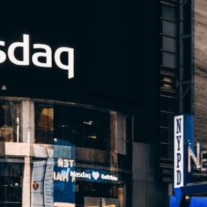 NASDQ incorpora nuevo índice que ofrece información sobre MakerDAO, Augur, 0x y otros proyectos cripto