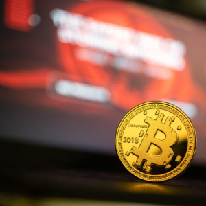 Analyst Expects Bitcoin To See Bullish Continuation: BTC Taps $6,000