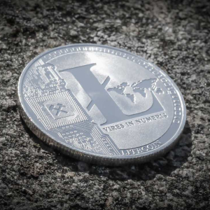 Litecoin: Despite Instability, Analysts Expect LTC to Surge as Halving Fast Approaches