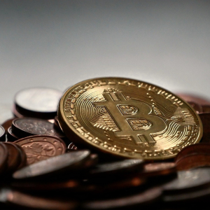 Bitcoin Recaptures $10,000 After Brief Visit to $9,500