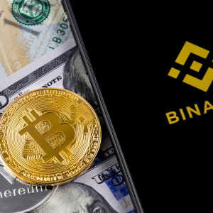 Binance Announces Possible Purchase of CoinMarketCap.com