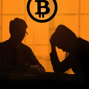 When You Buy Bitcoin at High Prices, How to Hedge Loss?
