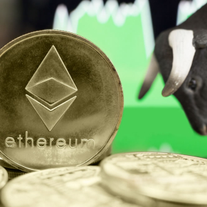 Analyst: Ethereum (ETH) Likely to Surge Towards 200 as Entire Crypto Markets Pump