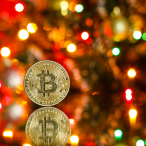 Bah Humbug! If Bitcoin Bulls Can't Reclaim $7,800 It's Coal For Christmas
