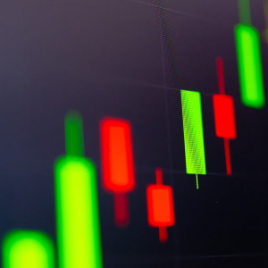 Crypto Market Following Strong Uptrend: Bitcoin Cash, XLM, EOS, TRX Analysis