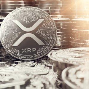"XRP Plunges 6% Despite Network Being ""Stronger Than Ever"""