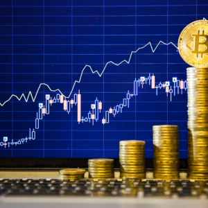 Bitcoin: After Breaking Above $3,700 It Could Soon Surge Towards $4,100, Says Analyst