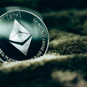 Ethereum Breaks Recent Downtrend Resistance Line as Buyers Step Up