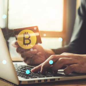 Credit Card Debt at All-Time High, Should Crypto Investors Really Buy Bitcoin With it?