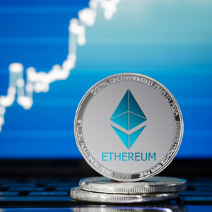 Ethereum Touches Freshly Formed Resistance Level as Analysts Eye Further Downside