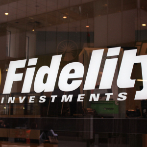 Crypto Week In Review: Fidelity, Goldman Sachs Adopt Crypto Custody