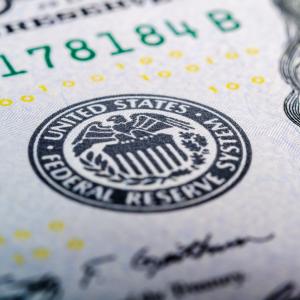 Bitcoin, Stocks Fall as Dollar Rebounds ahead of U.S. Trade Data