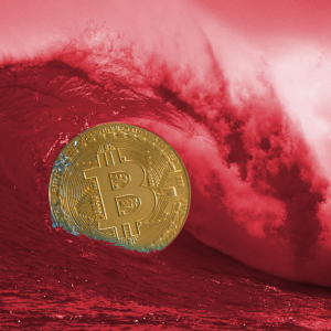 Crypto Market Carnage: Altcoins A Sea of Red As Bitcoin Breaks Down